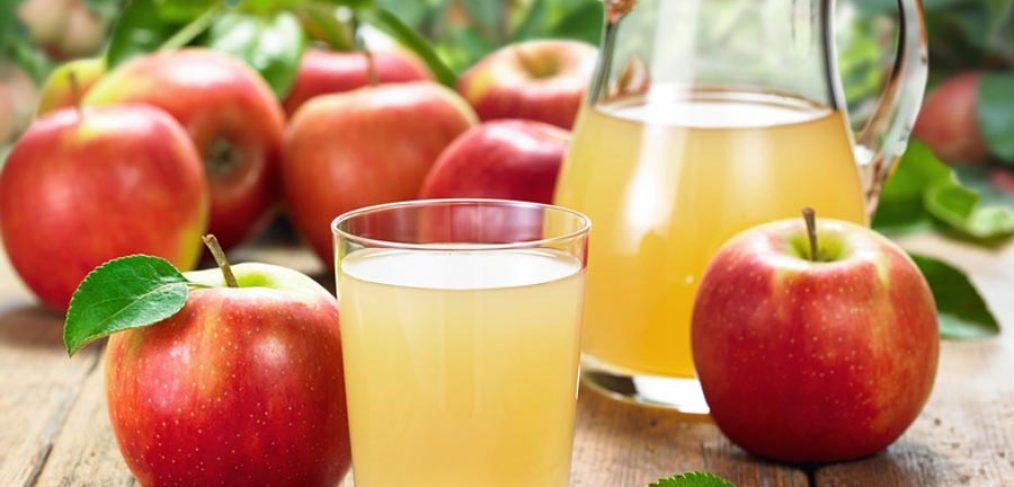 Apfelsaft frisch gepresst vom Bauernhof Steegmaier in Ludwigsburg, Kornwestheim, Stuttgart
